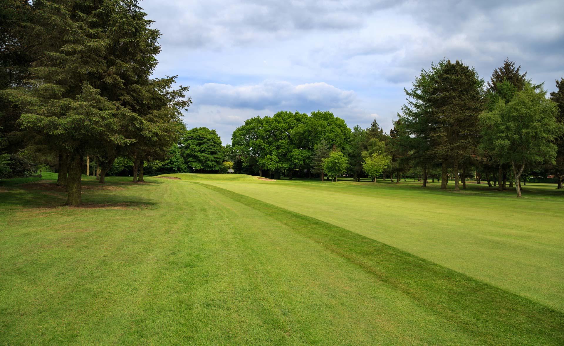 south staffordshire golf club hole 13
