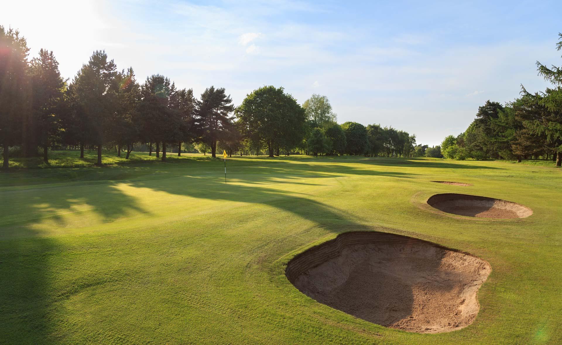 south staffordshire golf club hole 8