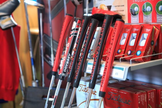 south staffordshire golf club pro shop